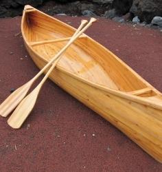 木製カヌー