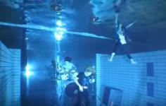 ゴールデンボンバー「ゴールデン・アルバム」初回限定盤B 特典DVD「水中ライブ -NO AIR,NO LIFE-」