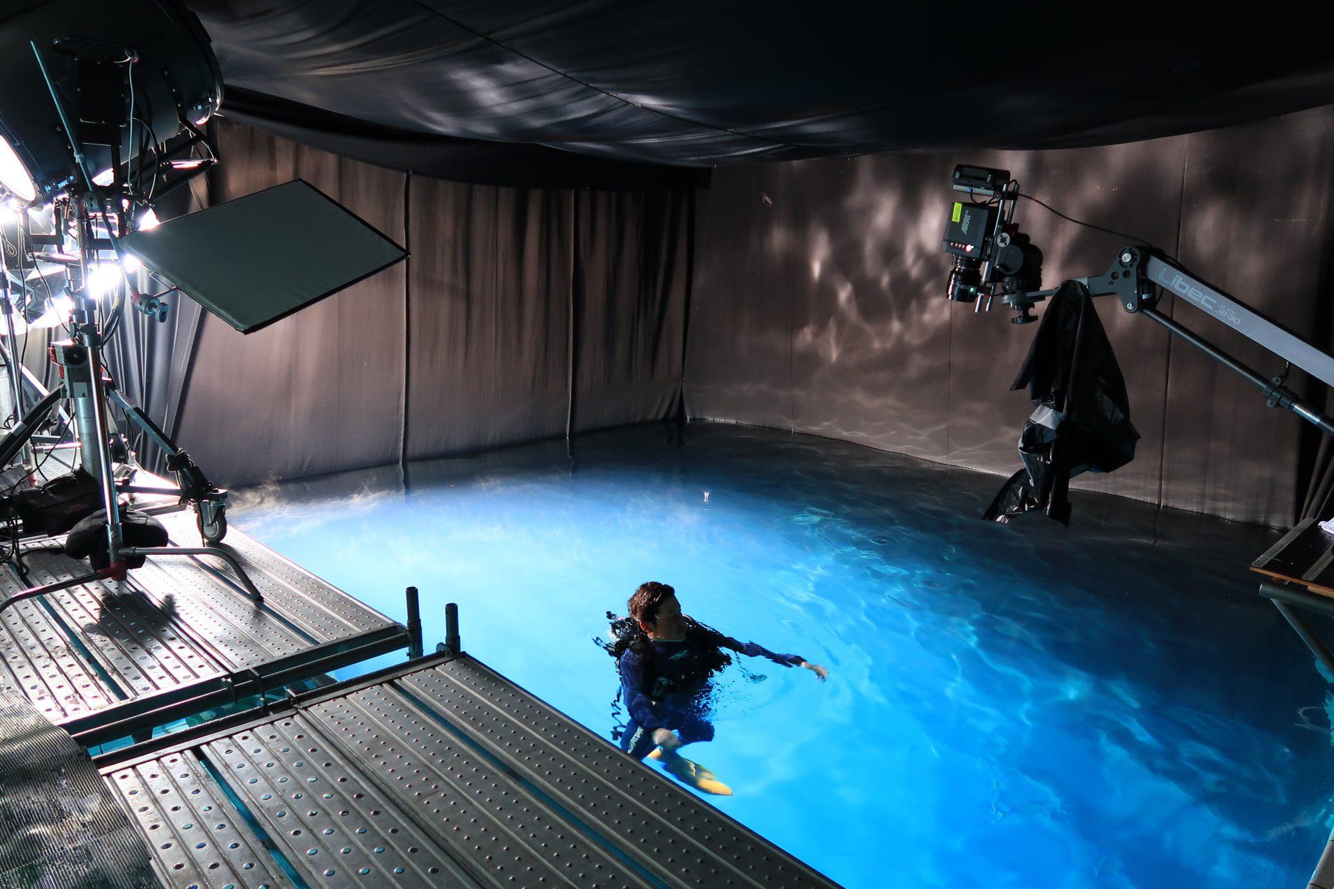 ダイビングプール 水中撮影 ロケーション |ジール撮影事業部