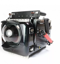 水中撮影機材 Nautilus ALEXA mini/RED PL