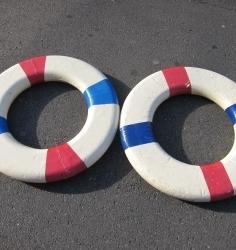 救命浮環 浮き輪(赤白) 装飾美術用