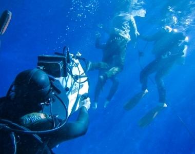 水中撮影 セーフティーダイバー |ジール撮影事業部