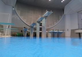 飛び込みプール ロケーション |ジール撮影事業部