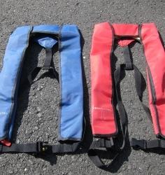ライフジャケット 自動膨張式 赤・青 type1