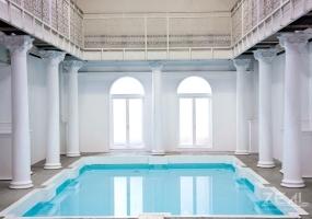 縦 7m × 幅 4m × 水深1.2m ダイビングプール 水中撮影 ロケーション |ジール撮影事業部